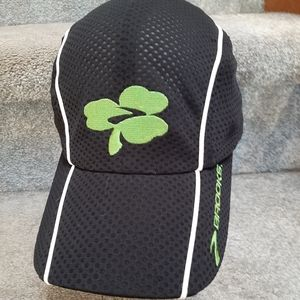 Brooks Run Lucky Light weight running hat cap